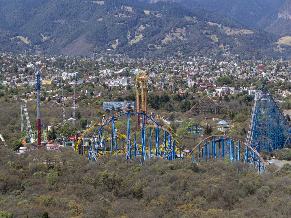 Entrada parque Six Flags México
