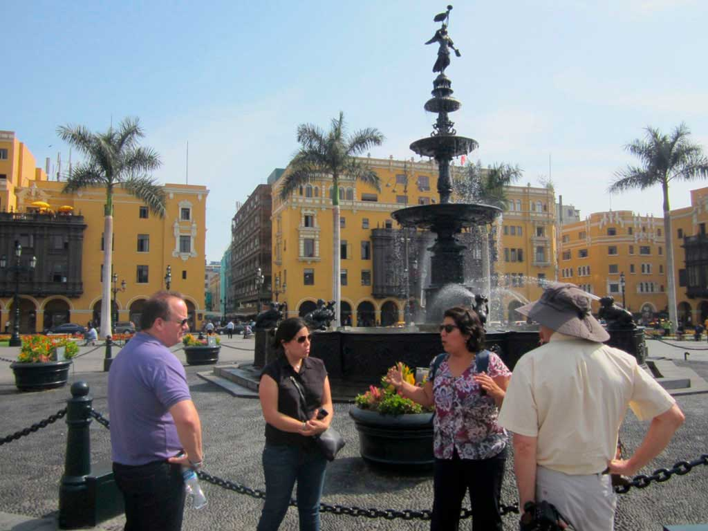 reviews Paseo por Lima en Grupo Reducido